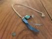 Collier chaîne argenté ruban satin bleu et carré de turquoise
