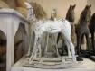 Sculpture sur bois cheval à bascule patiné main 36x32 cm
