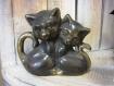 Statuette chats en laiton patinée main 12x13 cm