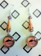 Boucles d'oreille cabochon dauphin en verre/perles facettes couleur ambre