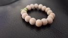 Bracelet avec perles bois