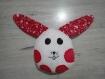 Doudou lapin rouge et blanc