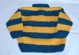 Petit pull boutonné bébé tricoté main taille 6 mois