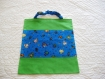 Lot de trois serviettes de cantine élastiquées pour la maternelle