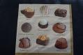 Très jolie serviette en papier petits chocolats