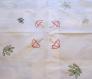 Nappe et serviettes brodées main en satin de coton