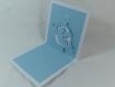 Carte de vœux ou faire-part ange à la trompette en relief 3d kirigami couleur blanc et bleu alizé