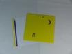 Carte chats sur le toit en relief 3d kirigami couleur jaune soleil et violine