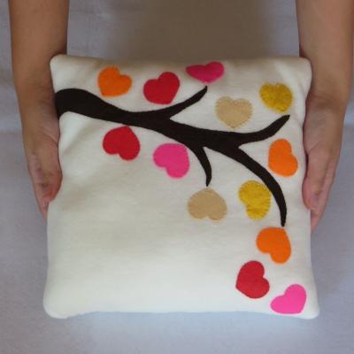 Coussin automne, coussin decoratif, cadeau automne, cadeaux pour les femmes, cadeau cremaillere, coeur automne, couleur d'automne, arbre
