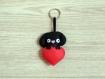 Porte clé chien, labrador noir, en feutrine, fait main, cadeau de fête des mères