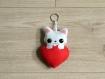 Peluche chat, kawaii, dans un coeur rouge, en feutrine, fait main, à suspendre, cadeau fête des grands-mères