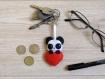 Porte clé panda, cadeau fête des mères, dans un coeur rouge, en feutrine, fait main