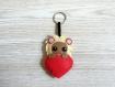 Porte clé lion kawaii, dans un coeur, peluche signe astrologique, fait main, cadeau d'anniversaire pour elle