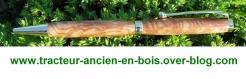 Stylo en bois de frene olivier