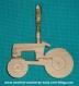 Porte crayons ou decoration murale tracteur babiole t6