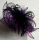 Broche fleur en organza violet, plumes et perles