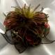 Grande barrette fleur en tissu & plumes et perles 147
