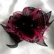 Broche fleur en tissu & plumes et perles 188