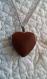 C237- collier en acier inoxydable avec un coeur de couleur marron clair légèrement pailleté