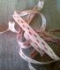 Ruban d'antan coton dessin rouge largeur 0,7 cm