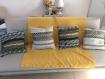 Housse de coussin jaune et gris