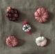 Broche  fleur japonaise perles