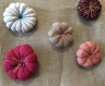Broche  fleur japonaise coton et lin rose passion