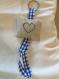 Porte clefs point de croix coeur bleu lin et ruban vichy