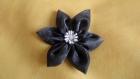 Fleur en satin gris -- pièce unique