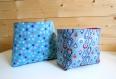 Lot de 2 paniers réversibles  en  tissu étoiles et gouttes - violet / bleu / rose -