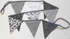 Guirlande / fanions   – gris / blanc-