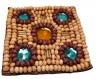 Ecusson brodé de perles - carré - beige - à coller ou à coudre