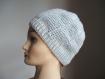 Bonnet au crochet gris clair