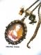 B3.451 bijou femme portrait marie antoinette collier pendentif filigrane bijou fantaisie bronze cabochon verre fleurs robe corset à volants marron marie-antoinette rétro baroque romantique (série 3)