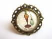 B3.455 bijou femme chic paris marron bague filigrane ajustable réglable bijou fantaisie bronze cabochon verre vaporisateur bouteille de parfum ancienne rétro vintage (série 1)