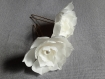 2 pics à chignon fleurs blanches en soie