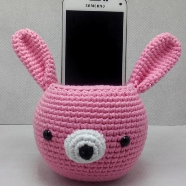 Pinky lapin doudou amigurumi crochet grise et rose :  enfants-accessoires-mode-bebe par monpetitmonde | 600x600