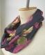 écharpe infinie florale, écharpe boucle noir aux fleurs, écharpe cercle florale mauve jaune vert, écharpe ronde chiffon, écharpe tissu
