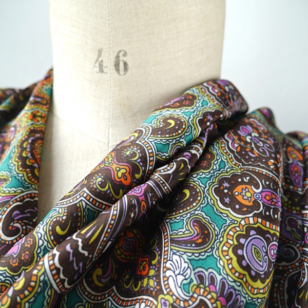 a82ec976dcf49 écharpe, snood, cache col, col, echarpe, foulard, tube femme tissu viscose  satin motif paisley, snood satiné mauve avec motif cachemire, écharpe  infinie ...