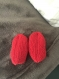Chaussons bébé 6 mois tricoté mains couleur rouge