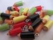 Lot de 10 jolies breloques/pendentif petit crayon ,en resine,avec accroche métal ;22mm*7 mm