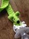 Attache tétine bébé verte aux pattes blanches