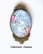 B4.141 bijou cage aux oiseaux broche épingle bijou fantaisie bronze cabochon verre cage oiseau romantique fleurie fleurs roses multicolores bleu (série 2)