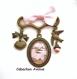 B4.146 bijou paysage japonais porte-clés mousqueton bijou de sac bijou fantaisie bronze cabochon verre coucher de soleil oiseaux grues asie asiatique chine chinois japon