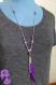 Boheme - collier sautoir chaîne argentée perles et pompon de chaînes et plumes coloris corail ou turquoise ou violet