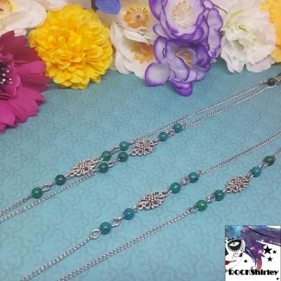 Xtra - collier très long, perles malachites et connecteur argenté