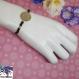 Talisman - bracelet grosse perle de rocaille, médaillon estampe ajouré doré