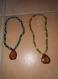 Collier perles en bois pendentif bois olivier
