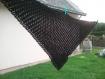 Châle noir crocheté main