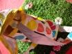 Besace adulte blanche à pois multicolores.